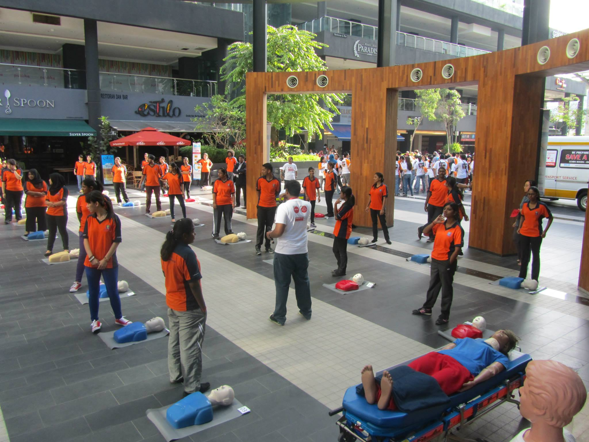 Global Doctors CPR training at Publika